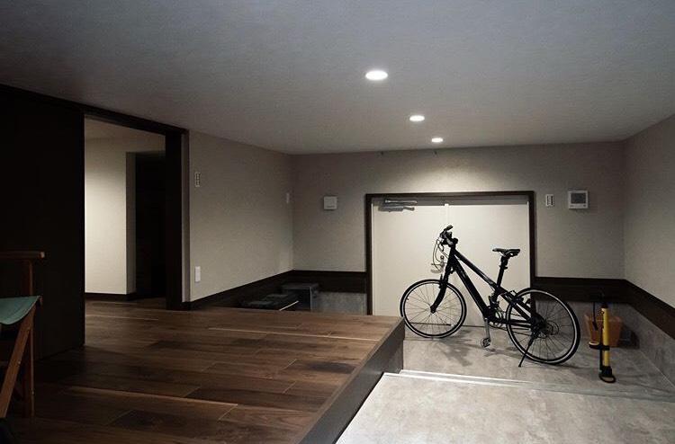 土間と自転車